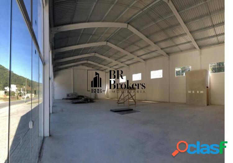 Locação galpão com 648 m²