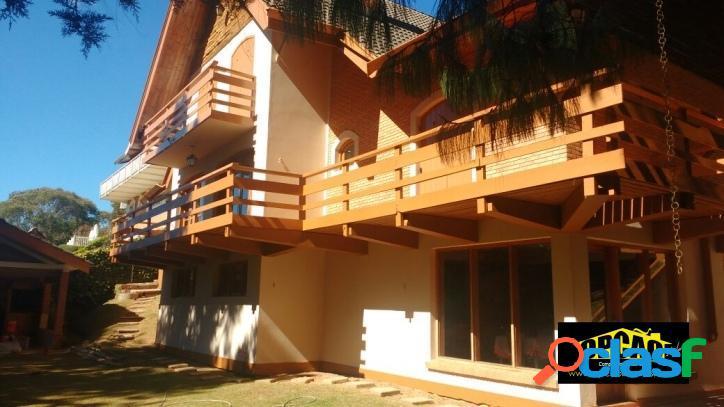 Casa no bairro nobre alto do capivari, ótima localização!