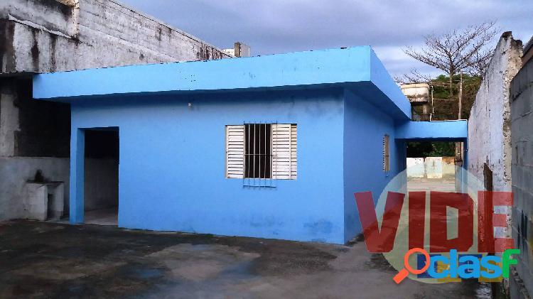 Chácaras reunidas: casa térrea, 3 dorms, 90 m², em terreno com 400 m²