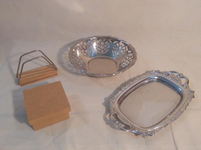 4 peças de inox e madeira para mesa