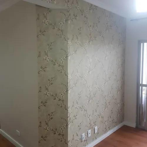 Instalador de papel de parede profissional