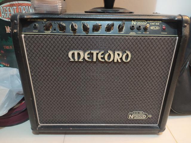 Cubo meteoro gs100 nitrous amplificador 100rms