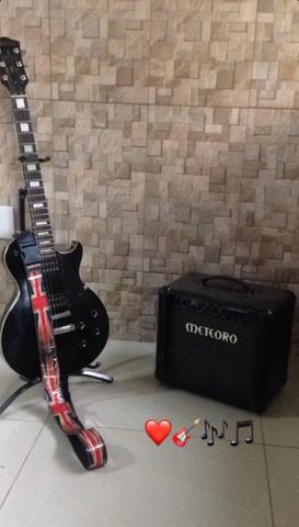Guitarra golden les paul + cubo meteoro + pedaleira zoom 505