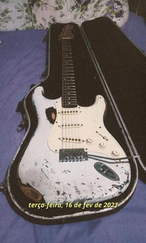 Guitarra strato squier korea 90 (aceito trocas, leia o