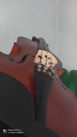 Violino 4/4 harmonics
