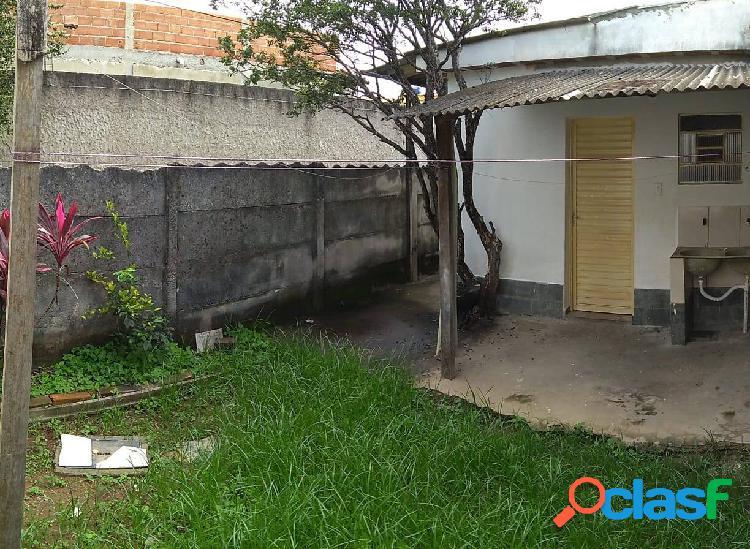 Alugo casas (são 3 no mesmo lote)- bairro são salvador