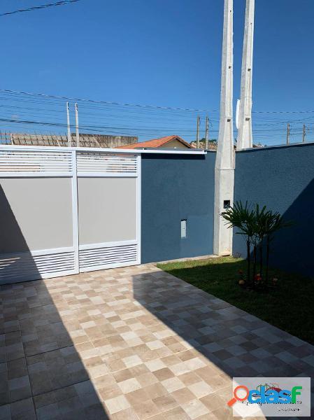 Casa nova com 2 dormitórios na cidade de itanhaém!