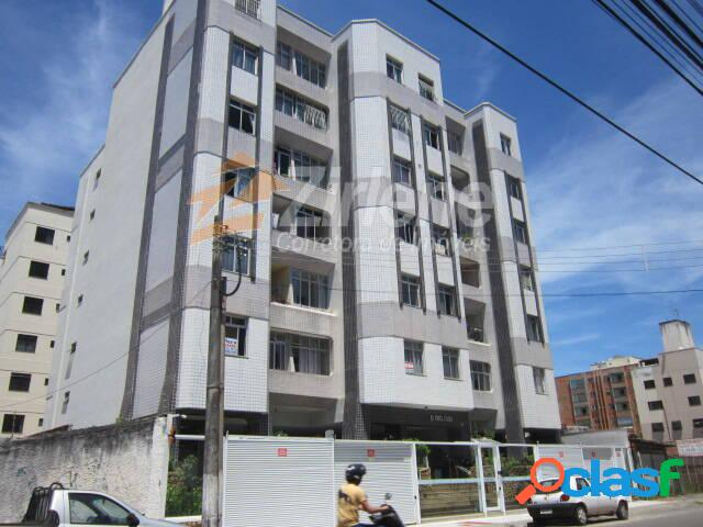 Apartamento 02 quartos com elevador de frente para rua