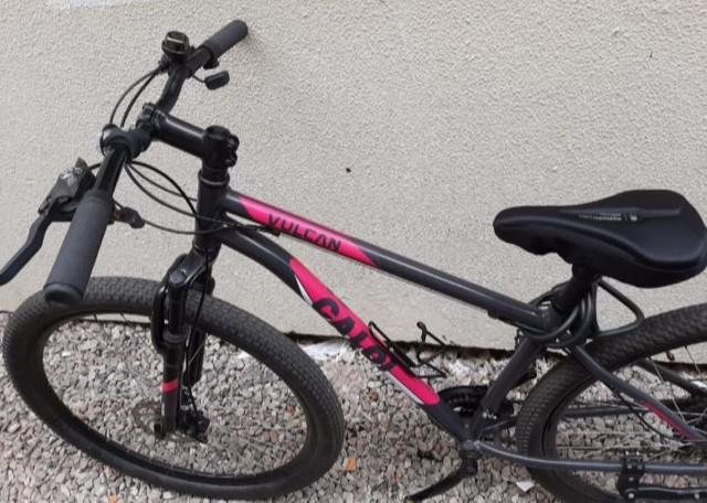 Bike caloi vulcan aro 29 com freio a disco