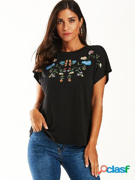 Yoins camiseta preta com estampa tribal de gola redonda e mangas curtas