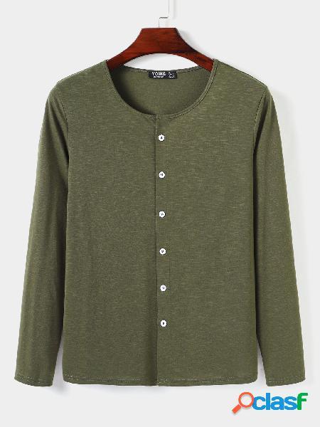 Camiseta masculina casual decote redondo liso com botão frontal de manga comprida