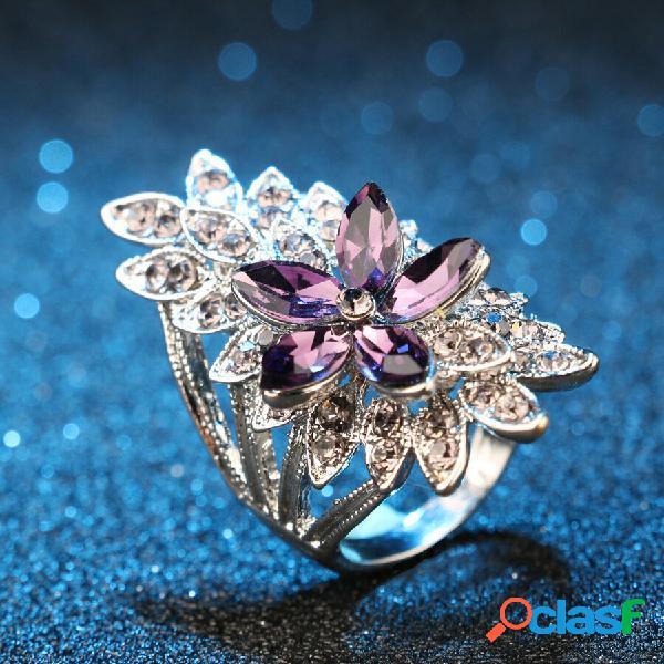 Anel de dedo de strass oco de metal vintage anel de flor de gema roxa estereoscópica geométrica