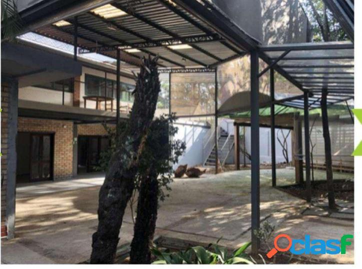 Granja viana - 542,17 m² de terreno - 257,35 m² de área construída !