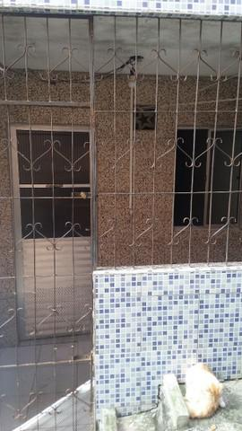 Alugo casa em sussuarana velha, não paga água nem luz,zap: