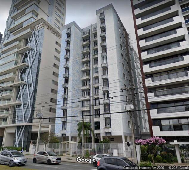 Apartamento para venda possui 93 metros quadrados com 3