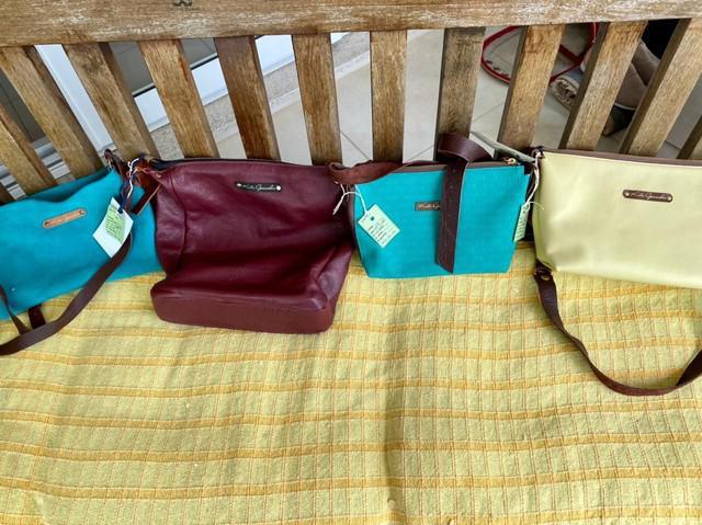 Bolsas de couro feito a mão