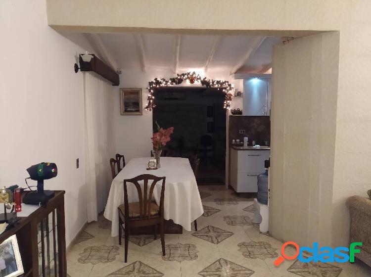 Se vende Bella Casa en la Urbanización Villa la Ponderosa en San Diego, 1