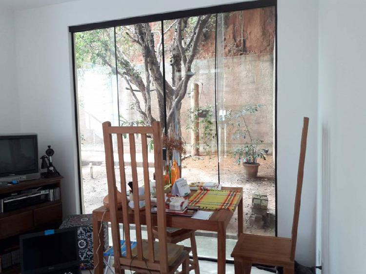 Terreno de 310m2 c/ casa/studio de 51m2 -- centro -