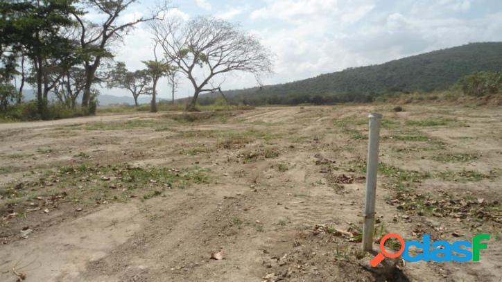 Terreno comercial-industrial en venta en monteserino, san diego. 27000 m2.