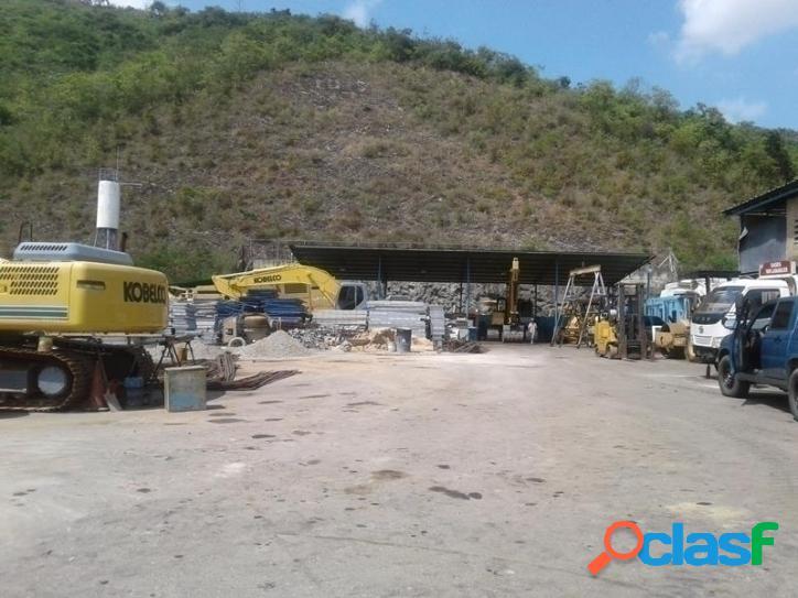 Terreno de uso industrial en terrazas de castillito, san diego. 4000 m2.