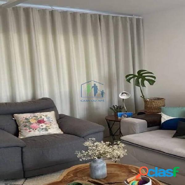 Casa em condomínio mobiliada, moderna, bem cuidada e aconchegante...