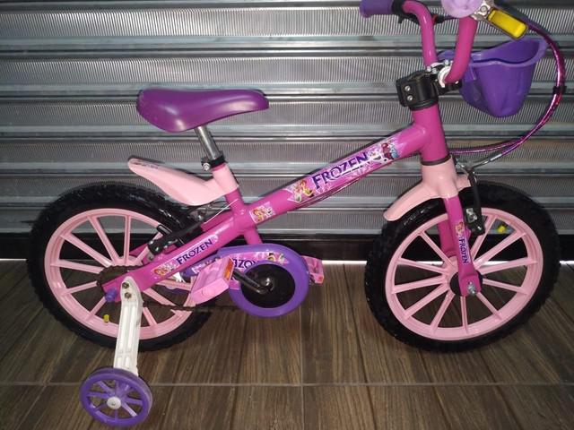 Bicicleta infantil aro 16 da frozen com cestinha