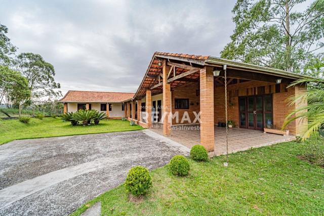 Casa com 3 dormitórios à venda, 245 m² por R$ 795.000,00