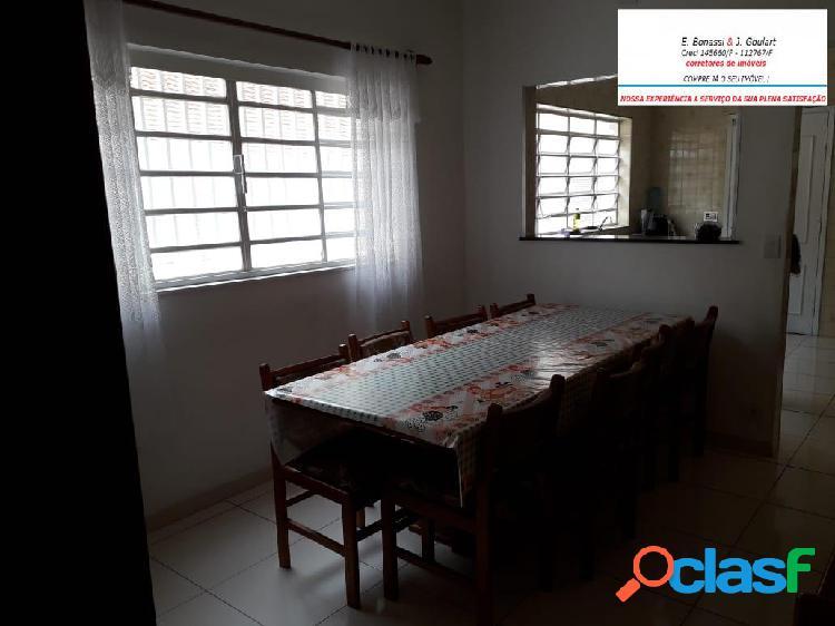2 dormitórios, 1 suíte cozinha com móveis - Jardim Consórcio 1