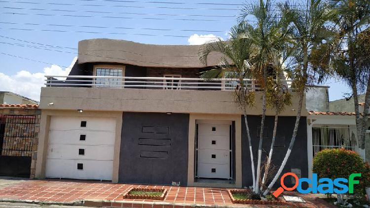 Casa en venta en valle verde san diego 370 m2
