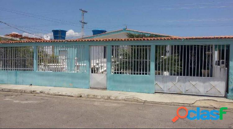 Casa en venta en Ciudad Alianza con Punto Comercial / 350 Mts2 1