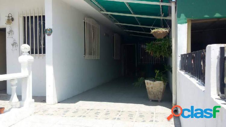 Casa en venta en Ciudad Alianza con Punto Comercial / 350 Mts2 2