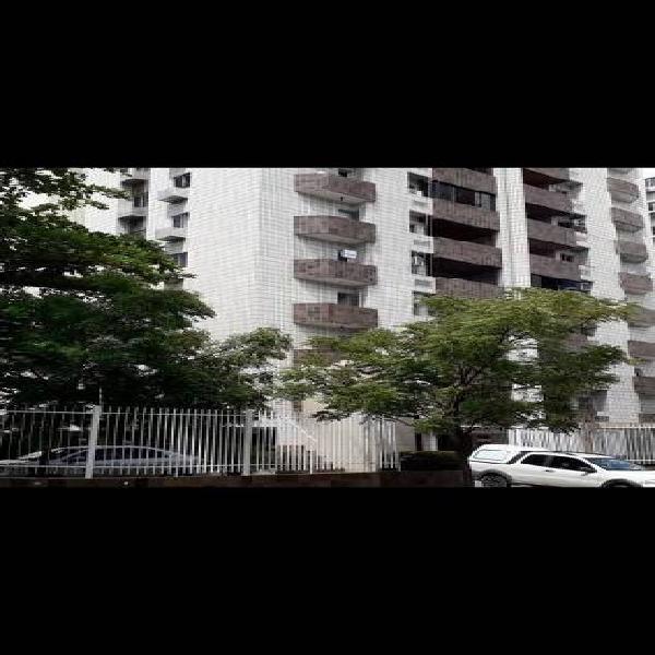 Apartamento com 3 quartos (152 m2) na melhor área de Boa