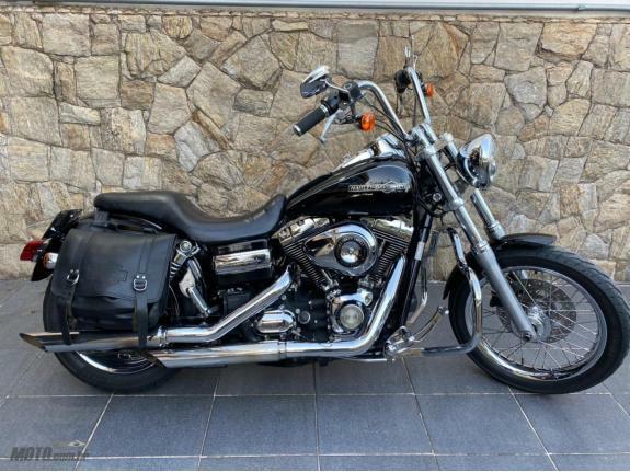 Harley-Davidson - Dyna Super Glide Custom