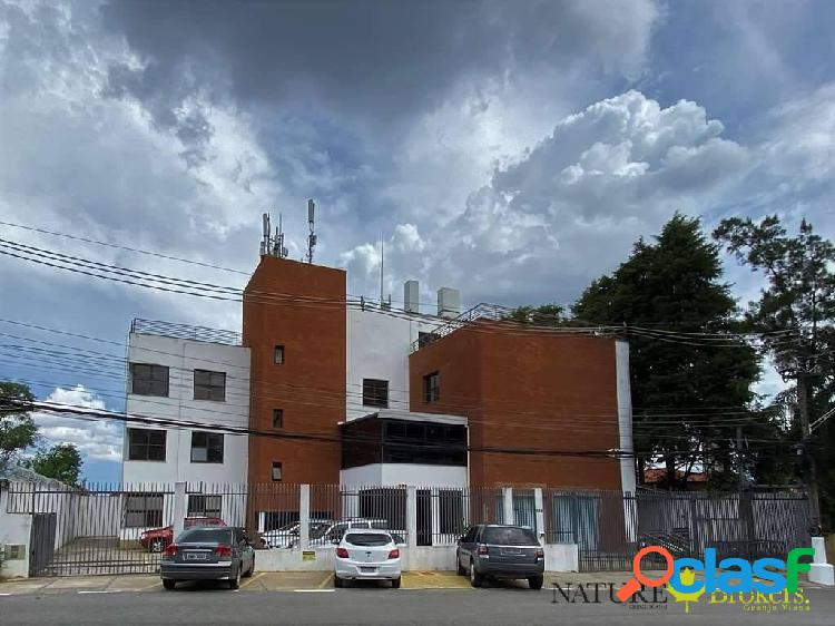 Moderno prédio com! local espetacular no km 23 / 38 vagas, 14 wcs, elevador
