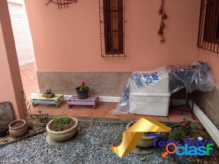 Excelente casa triplex independente com 4 quartos no Braga !!! 3