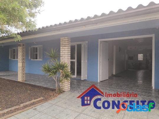 C339 - bela residência em ótima localização para moradia
