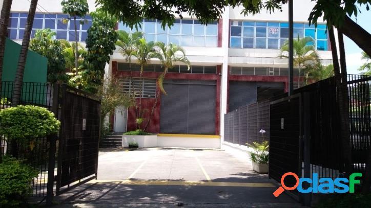 Galpões locação 950 m² locação alphaville