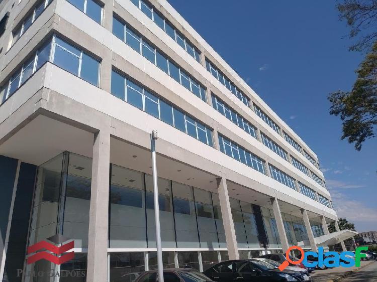 Prédio Comercial para Locação com 7.737 m² em Alphaville, SP 1
