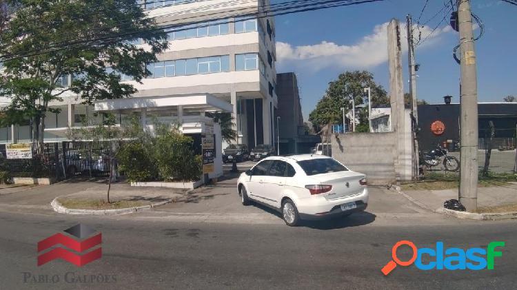 Prédio Comercial para Locação com 7.737 m² em Alphaville, SP 3
