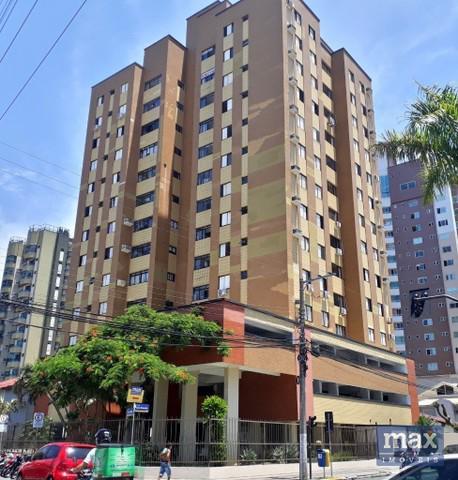 Apartamento à venda com 3 dormitórios em centro, itajaí