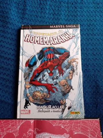 Hq marvel - homem-aranha de volta ao lar lacrada