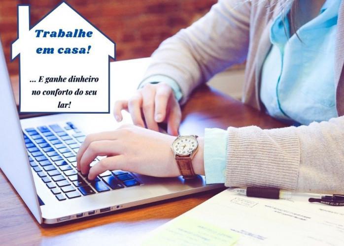 Seja um avaliador de mídia ou digitador online