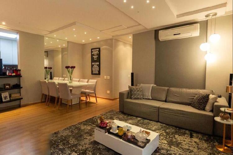 Apartamento 108 m2, com duas vagas, 2 quartos, armários