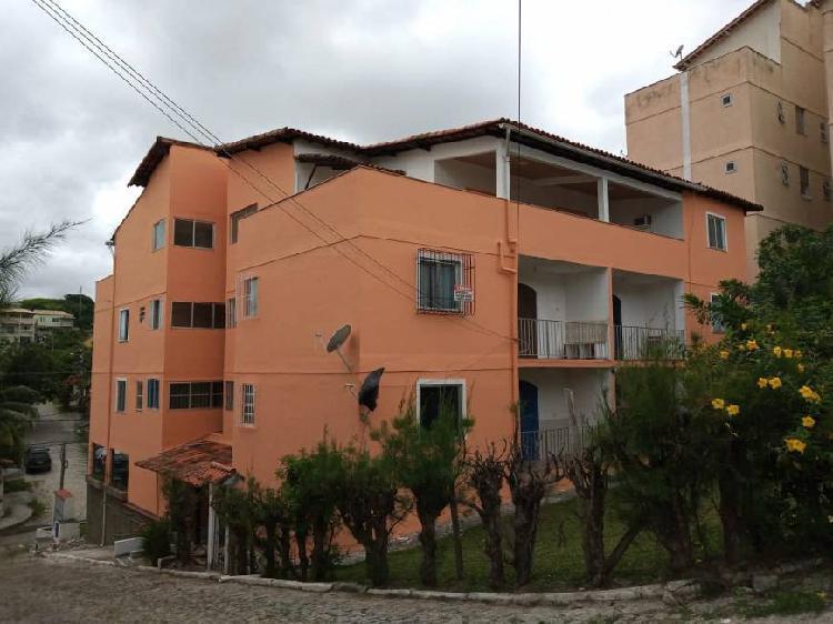 Apartamento para venda possui 120 metros quadrados com 1