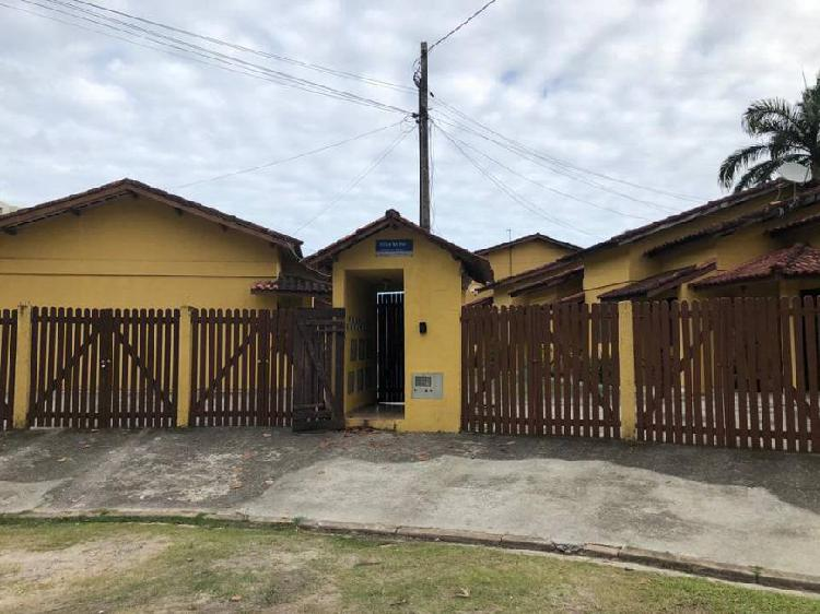 Casa de vila para venda possui 72 metros quadrados com 3