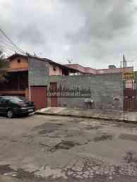 Casa com 2 quartos para alugar no bairro barreiro, 70m²