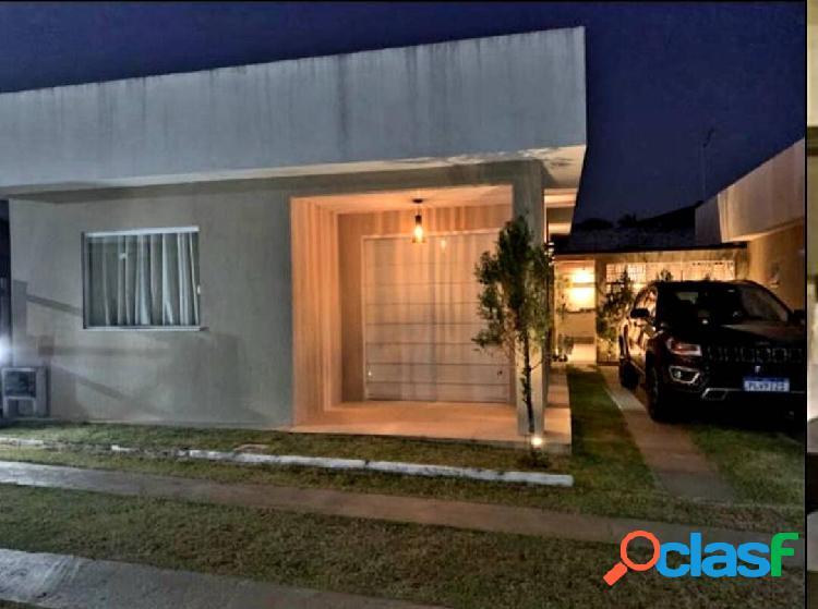 Linda casa mobiliada em abrantes, no condomínio las palmas