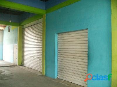 Venta De Local Comercial En Centro De Tocuyito 450 M2.