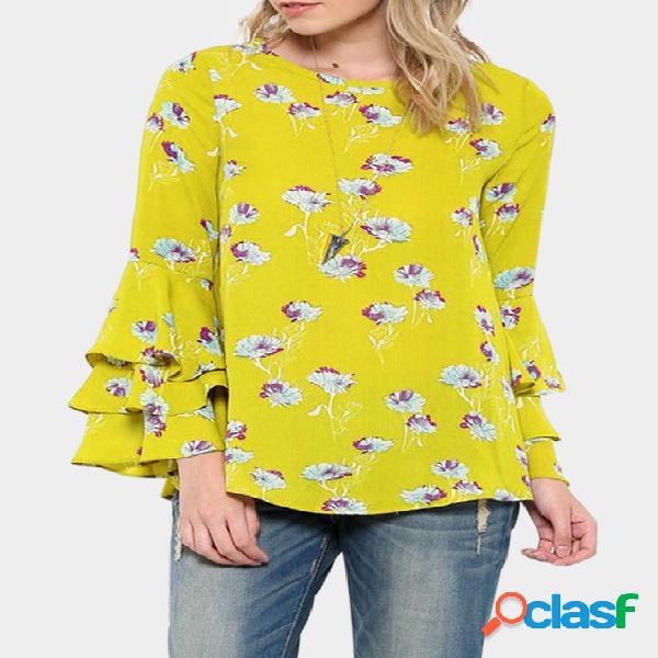 Blusa amarela de mangas largas com decote redondo e estampa floral aleatória