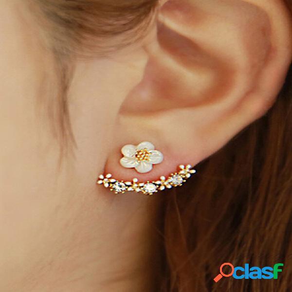 Flor pequena da moda na moda orelha gancho flor de metal geométrica strass bonito brincos